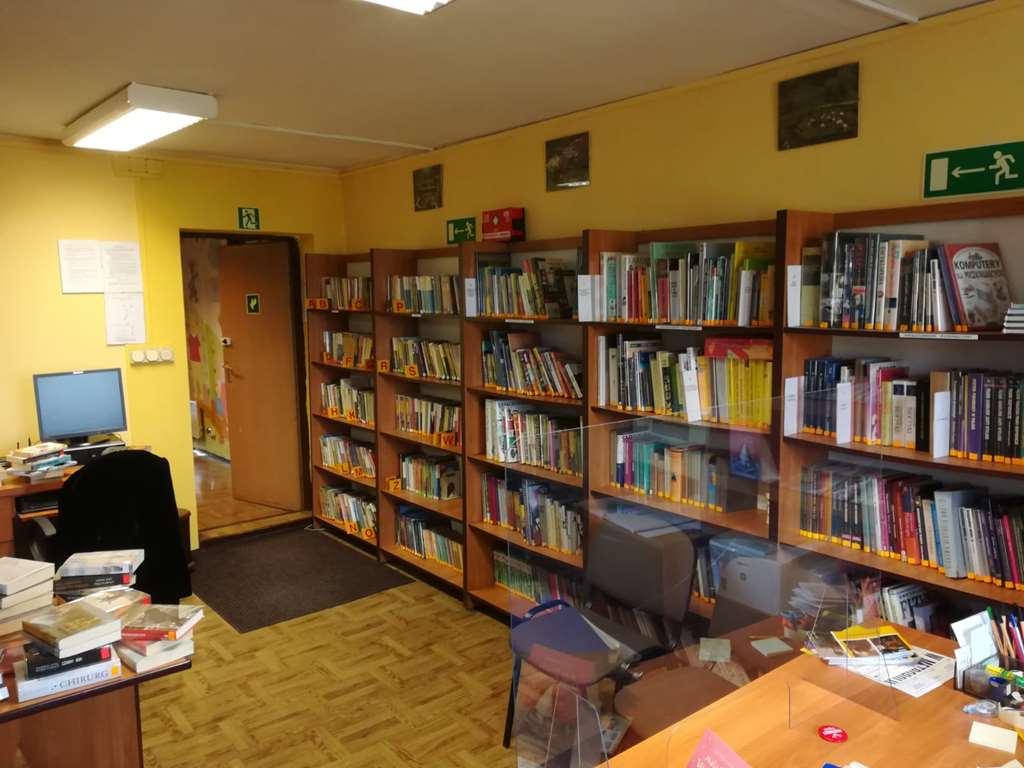 Biblioteka Łubie